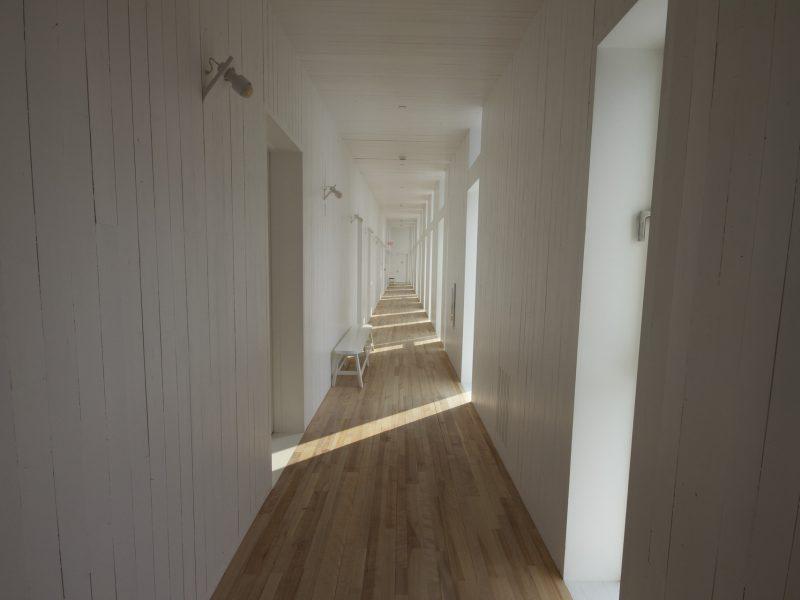 hallway-1284617_1920